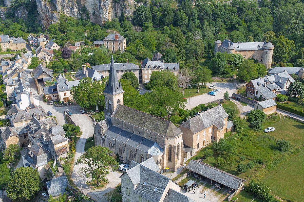 village_salleslasource_eglise