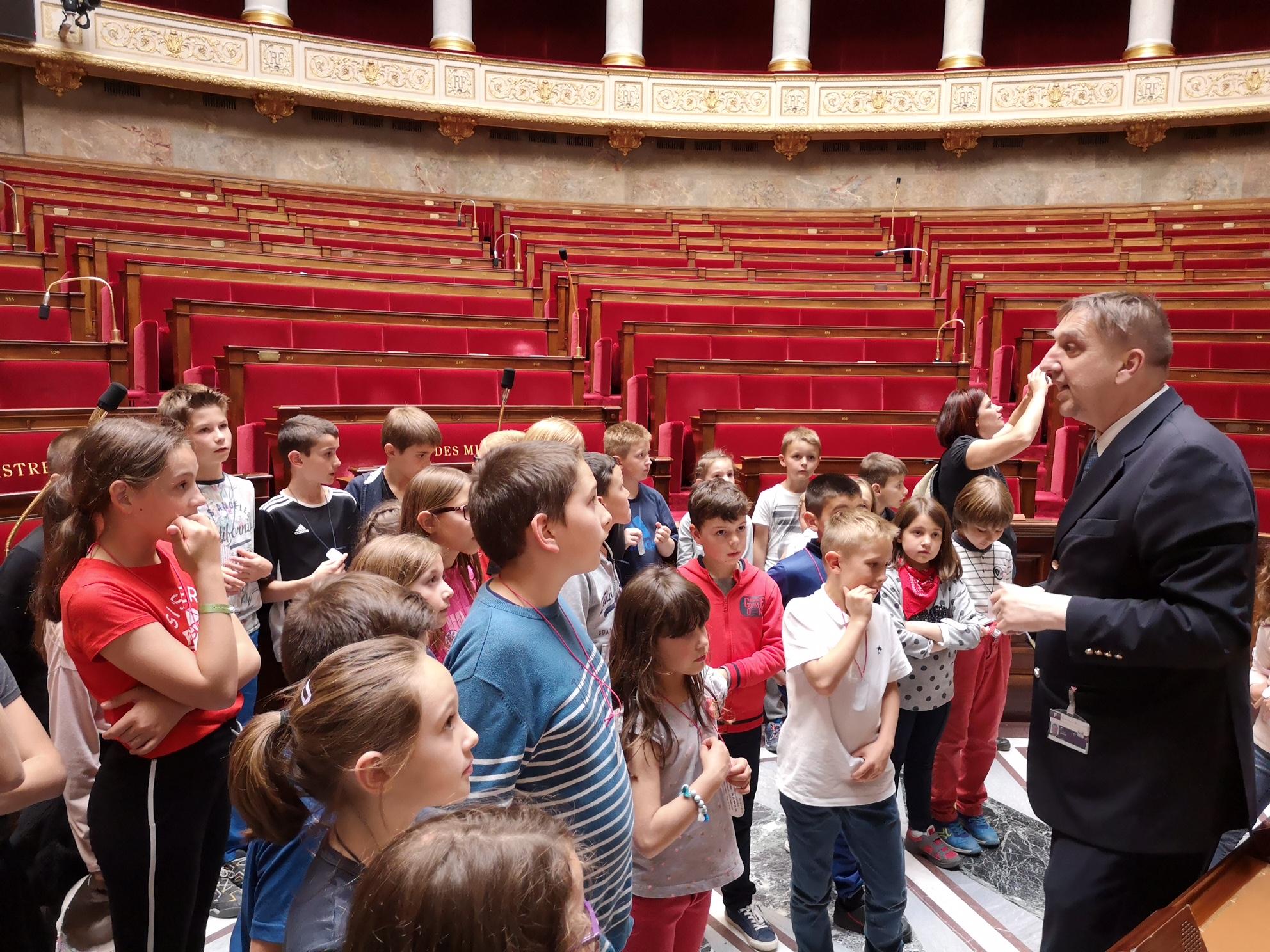 Les élèves de SOUYRI à l'assemblée nationale!